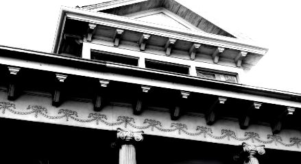 black & white architecture new orleans big easy