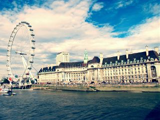 london architecture travel photography color water